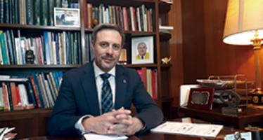 Javier Fernández Parra.  Presidente del Colegio de Dentistas de Granada