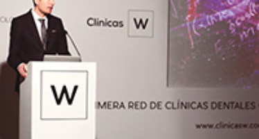 Clínicas W lanza una red que trata de conciliar las ventajas del nominalismo con la gran marca: A por carteras pequeñas de pacientes activos