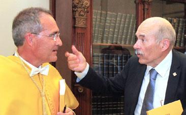 Ustrell  y Luis Giner, decano de la U.I.C.