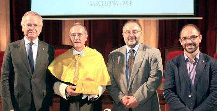 Ustrell y el Rector de la UB, Joan Elias y los vicerrectores José Batista y Alberto Cirera.