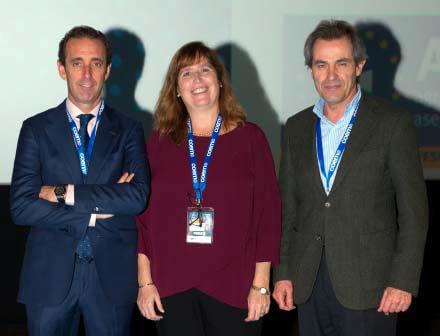 La Dra Fontana junto al Dr Montero Presidente del COEM y el Dr Javier Cortés