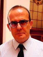 Javier Sanz Serrulla Académico de Número de la Real Academia Nacional de Medicina. Profesor de Historia de la Odontología en la Facultad de Odontología de la UCM lla
